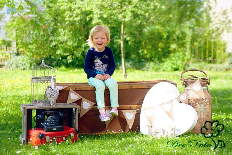 DEEFOTO_Familienfotograf_Kinderfotograf_Kindergartenfotograf_Fotograf_Sulzbach-Rosenberg_Amberg_Hohenstadt_hersbruck_neukirchen_0