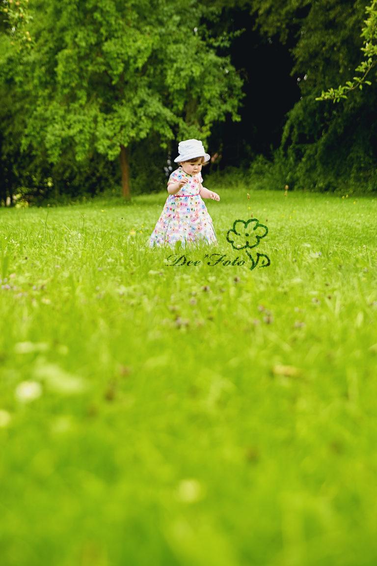 Kinderfotograf-fotograf-babyfotograf-hochzeitsfotograf-familienfotograf--natur-outdoor-amberg-sulzbach-rosenberg-neukirchen-hohenstadt-hersbruck-3