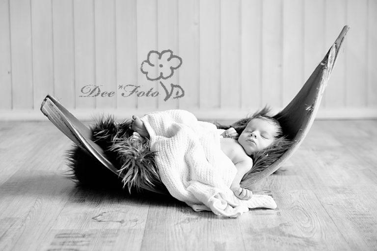 neugeborenen-fotograf-baby-fotografie-neukirchen-sulzbach-rosenberg-amberg-hersbruck-hohenstadt-kinder-schwangerschaft-newborn-photography
